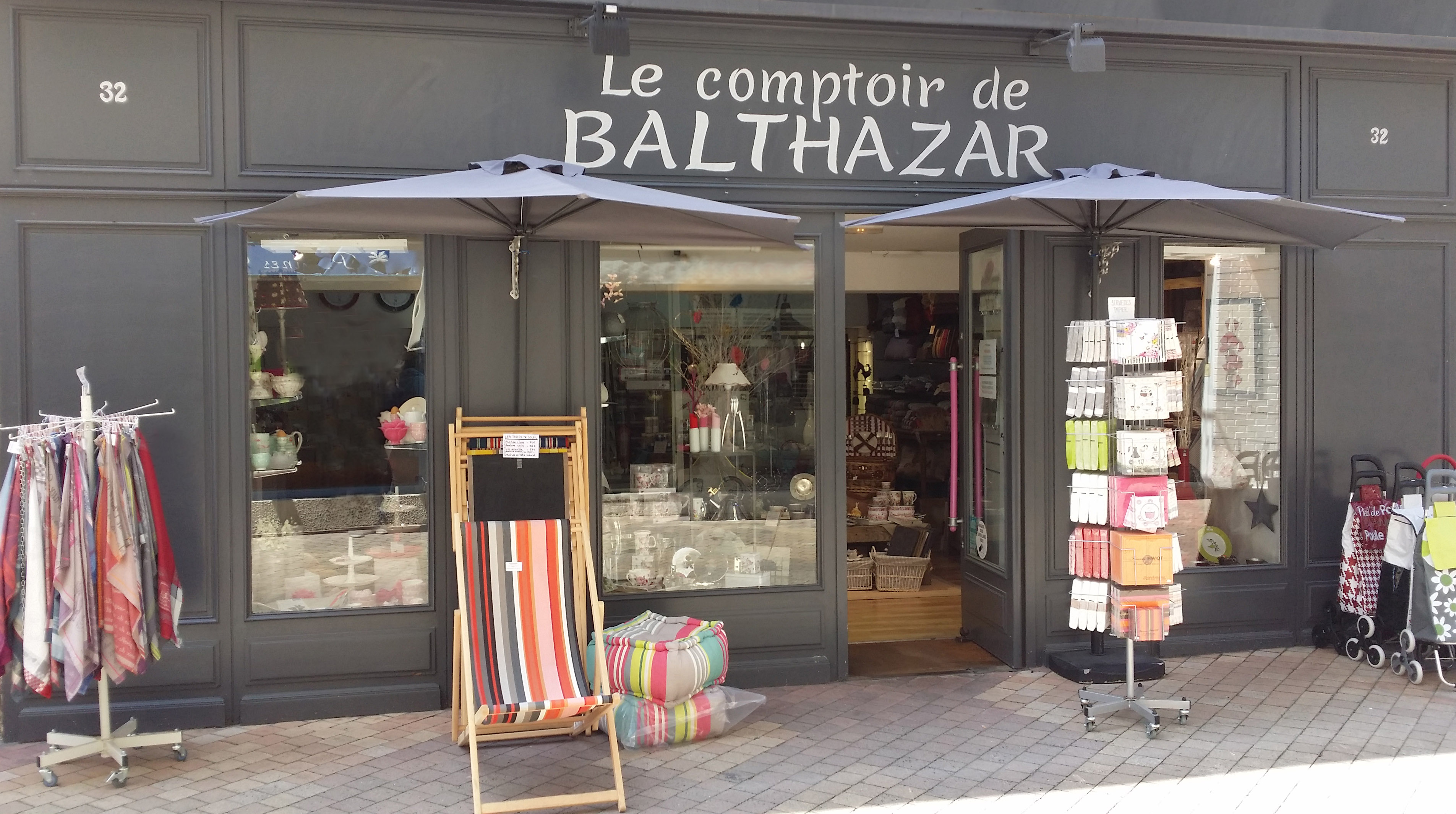 le comptoir de balthazar dax. Black Bedroom Furniture Sets. Home Design Ideas